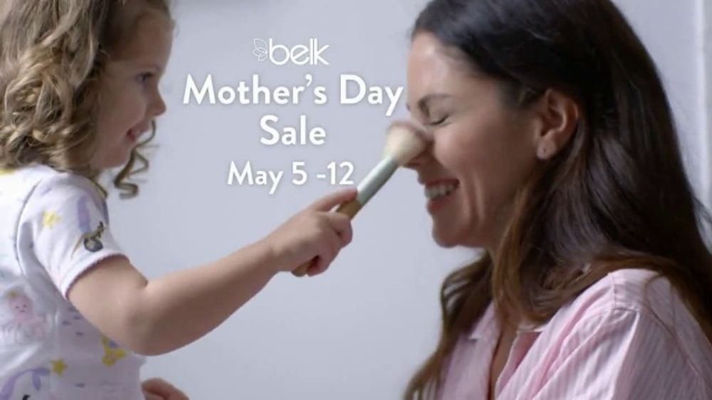Belk Mother's Day Sale TV Commercial, 'Jewelry and Beauty Set'