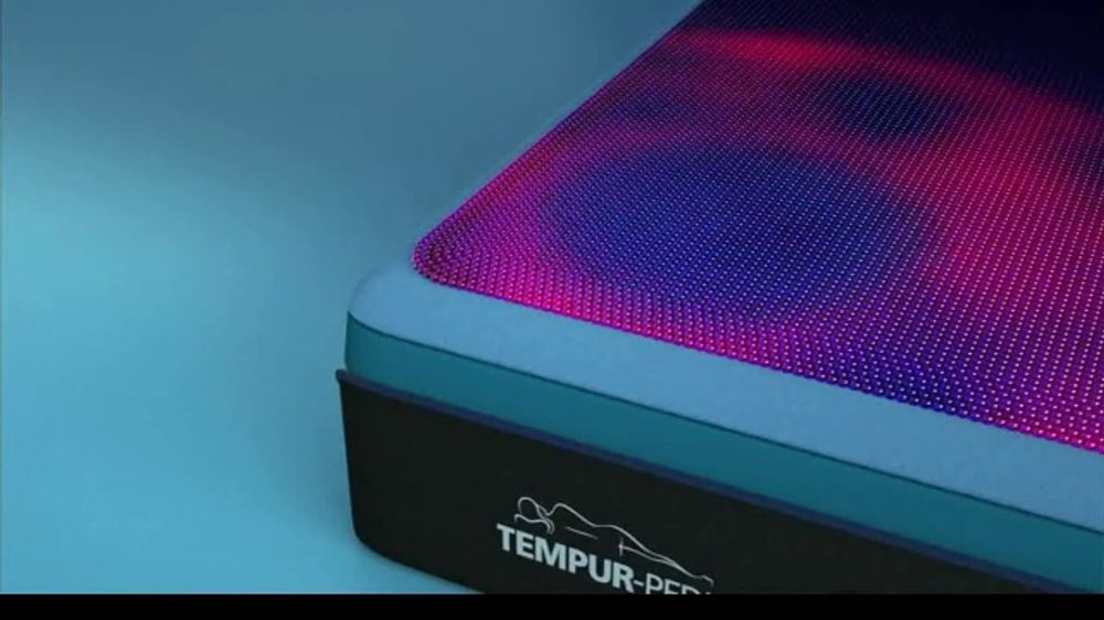 Tempur-Pedic TEMPUR-breeze TV Commercial, 'Memorial Day: No More Nocturnal Baking'