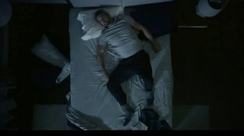 Tempur-Pedic TEMPUR-breeze TV Spot, 'Memorial Day: No More Nocturnal Baking' - Thumbnail 3