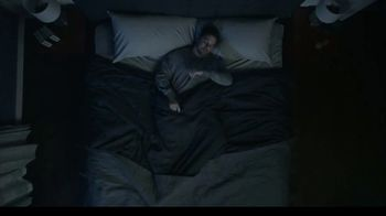 Tempur-Pedic TEMPUR-breeze TV Spot, 'Memorial Day: No More Nocturnal Baking' - Thumbnail 5