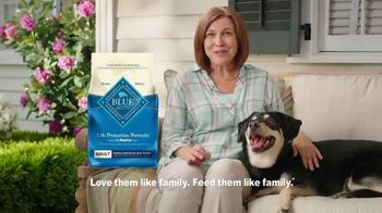Blue Buffalo Life Protection Formula TV Spot, 'Charlie's Food' - Thumbnail 7