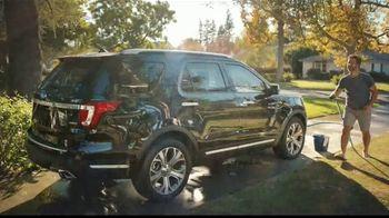Ford SUVs TV Spot, 'Lavado de autos' [Spanish] [T1] - Thumbnail 3