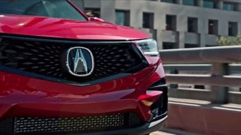 Acura Summer Sales Event TV Spot, 'Countdown to Summer' Song by Jamie Dunlap [T2] - Thumbnail 8