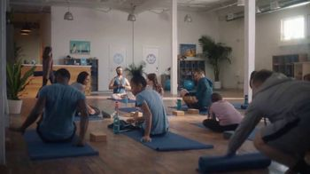 BMO Harris Bank Smart Advantage Checking TV Spot, 'Yoga' Featuring Lamorne Morris - Thumbnail 1