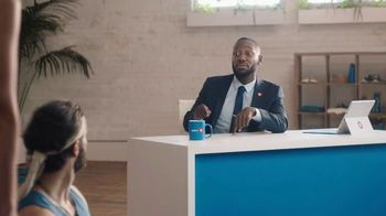BMO Harris Bank Smart Advantage Checking TV Spot, 'Yoga' Featuring Lamorne Morris - Thumbnail 7