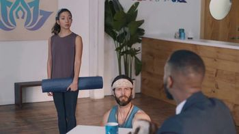 BMO Harris Bank Smart Advantage Checking TV Spot, 'Yoga' Featuring Lamorne Morris - Thumbnail 9