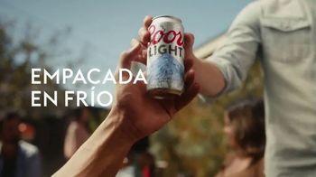 Coors Light TV Spot, 'Backyard Ice Hole' [Spanish] - Thumbnail 4