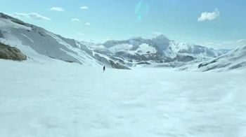 Coors Light TV Spot, 'Backyard Ice Hole' [Spanish] - Thumbnail 7