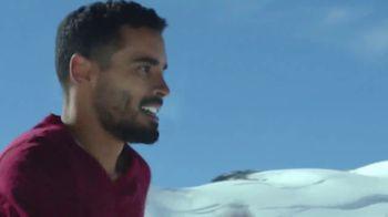 Coors Light TV Spot, 'Backyard Ice Hole' [Spanish] - Thumbnail 8