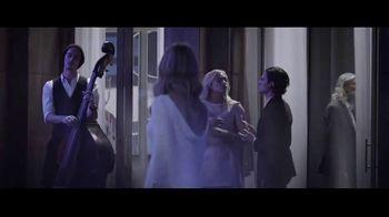 Lancôme La Vie Est Belle En Rose TV Spot, 'Expression: Free Gift' Featuring Julia Roberts - Thumbnail 2