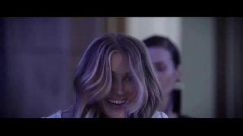 Lancôme La Vie Est Belle En Rose TV Spot, 'Expression: Free Gift' Featuring Julia Roberts - Thumbnail 3