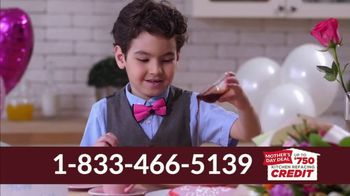 Kitchen Saver Mother's Day Deal TV Spot, 'Heart of the Home' - Thumbnail 3