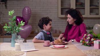 Kitchen Saver Mother's Day Deal TV Spot, 'Heart of the Home' - Thumbnail 7