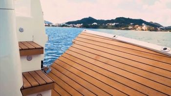 Schaefer Yachts 510 TV Spot, 'Sportiness and Elegance' - Thumbnail 6
