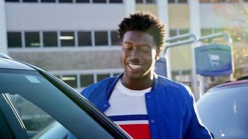 Pepsi Super Bowl 2019 Teaser, 'Calvin Ridley Surprises Fans in Atlanta' - Thumbnail 6