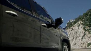 GMC TV Spot, 'Doing It Right' [T1] - Thumbnail 3