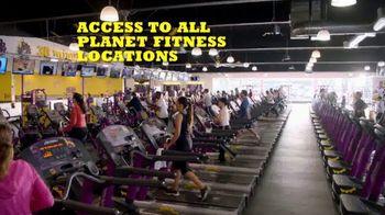 Planet Fitness PF Black Card TV Spot, 'Bring a Workout Buddy' - Thumbnail 4