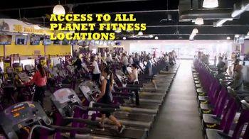 Planet Fitness PF Black Card TV Spot, 'Bring a Workout Buddy' - Thumbnail 5