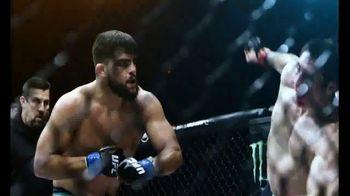 UFC 234 TV Spot, 'Whittaker vs. Gastelum' - Thumbnail 4