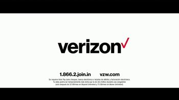Verizon TV Spot, 'Family Sunday: Apple Music incluido' con Luis Gerardo Méndez [Spanish] - Thumbnail 9