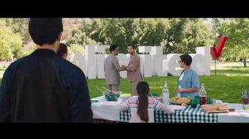 Verizon TV Spot, 'Family Sunday: Apple Music incluido' con Luis Gerardo Méndez [Spanish] - Thumbnail 7