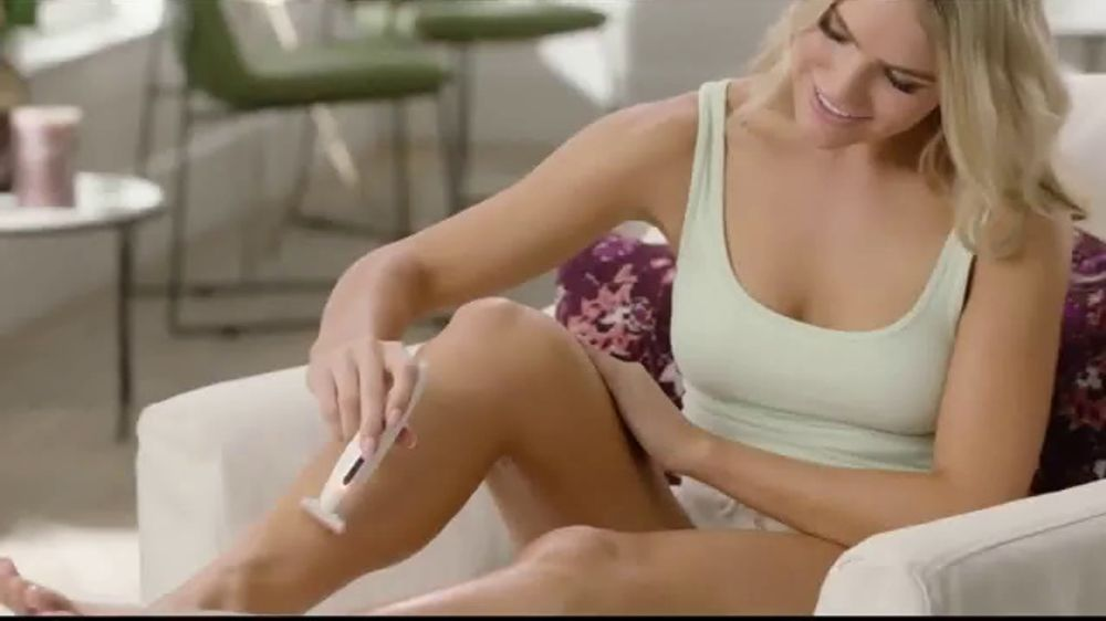 Finishing Touch Flawless Body TV Commercial, 'A Better Way to Shave'