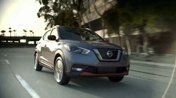 Nissan Kicks TV Spot, 'Reaccionar' canción de Louis The Child [Spanish] [T2] - Thumbnail 6