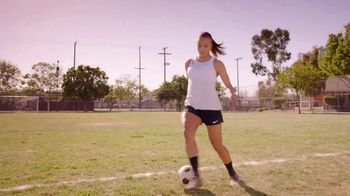 Neutrogena Oil-Free Acne Wash TV Spot, 'Fight Acne With Pink Power' Featuring Mallory Pugh - Thumbnail 2
