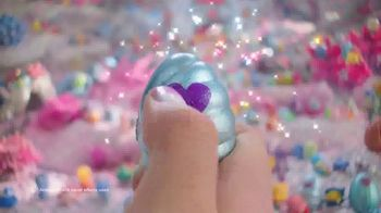 Hatchimals CollEGGtibles Season 5 Mermal Magic TV Spot, 'Sparkly Seashell Eggs' - Thumbnail 2