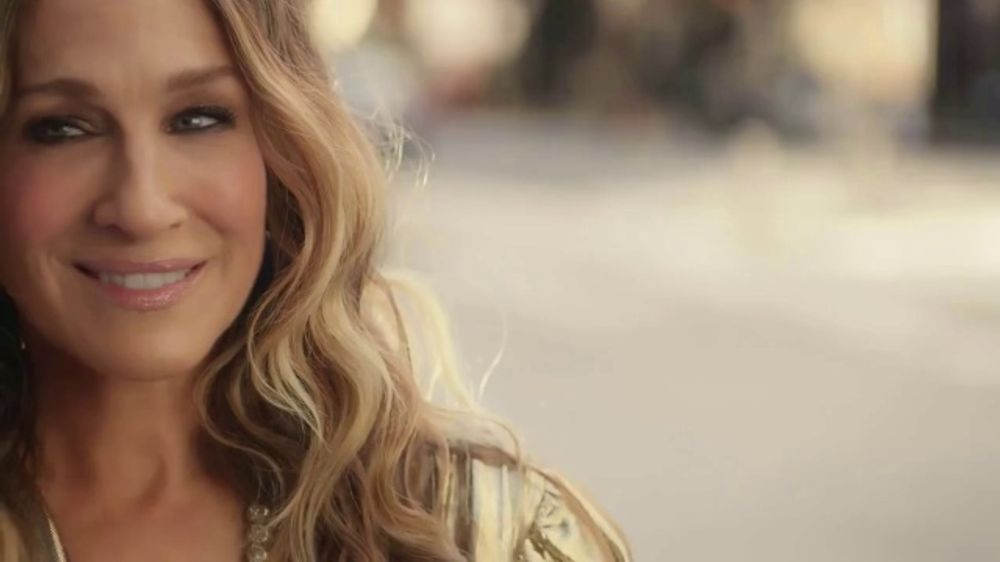 Stella Artois TV Commercial, 'Carrie Couldn't Help But Wonder' Featuring Sarah Jessica Parker