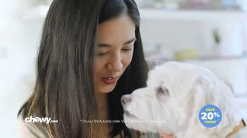 Chewy.com TV Spot, 'Bentley & Olive' - Thumbnail 4