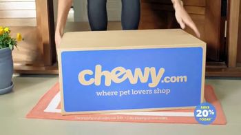Chewy.com TV Spot, 'Bentley & Olive' - Thumbnail 8