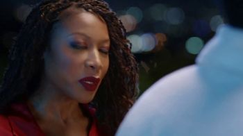 Old Spice Body Wash TV Spot, 'Running on Empty' Featuring Deon Cole - Thumbnail 8