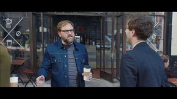 Verizon TV Spot, 'Chosen By Experts: BOGO' Featuring Thomas Middleditch - Thumbnail 7
