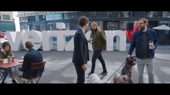 Verizon TV Spot, 'Chosen By Experts: BOGO' Featuring Thomas Middleditch - Thumbnail 8