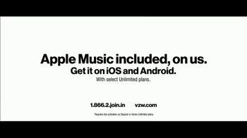 Verizon TV Spot, 'Chosen By Experts: BOGO' Featuring Thomas Middleditch - Thumbnail 9