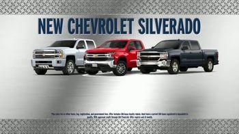AutoNation New Year New Truck Event TV Spot, 'Chevrolet Silverado' - Thumbnail 4