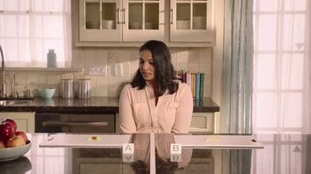 Lysol Daily Cleanser TV Spot, 'Bleach Indicator Test' - Thumbnail 6