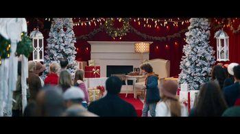 Fios by Verizon Internet TV Spot, 'Santa's Helper: $50 Amazon Gift Card' Featuring Gaten Matarazzo - Thumbnail 6