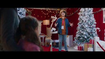 Fios by Verizon Internet TV Spot, 'Santa's Helper: $50 Amazon Gift Card' Featuring Gaten Matarazzo - Thumbnail 7
