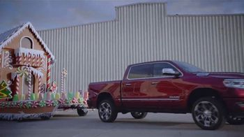 Ram Trucks Big Finish Event TV Spot, 'Gingerbuilders' Song by Gwen Stefani [T2]