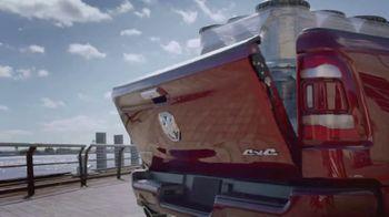 Ram Trucks Big Finish Event TV Spot, 'Gingerbuilders' Song by Gwen Stefani [T2]