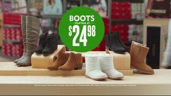 Shoe Carnival TV Spot, 'Merry Stocking Up' - Thumbnail 6