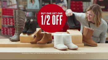 Shoe Carnival TV Spot, 'Merry Stocking Up' - Thumbnail 7