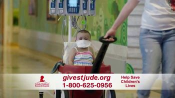 St. Jude Children's Research Hospital TV Spot, 'Home for the Holidays: Donate' - Thumbnail 10