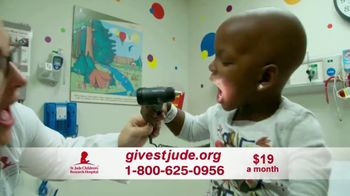 St. Jude Children's Research Hospital TV Spot, 'Home for the Holidays: Donate' - Thumbnail 6