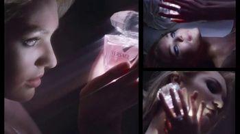 Versace Bright Crystal TV Spot, 'Brilla' con Candice Swanepoel [Spanish] - Thumbnail 6