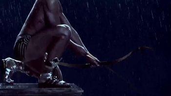 Versace EROS TV Spot, 'Archer' - Thumbnail 5