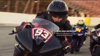 CoverGirl LashBlast Volume Mascara TV Spot, 'Mundo de hombres' con Shelina Moreda, canción de Peaches [Spanish] - Thumbnail 5
