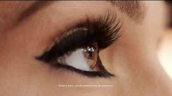 CoverGirl LashBlast Volume Mascara TV Spot, 'Mundo de hombres' con Shelina Moreda, canción de Peaches [Spanish] - Thumbnail 7